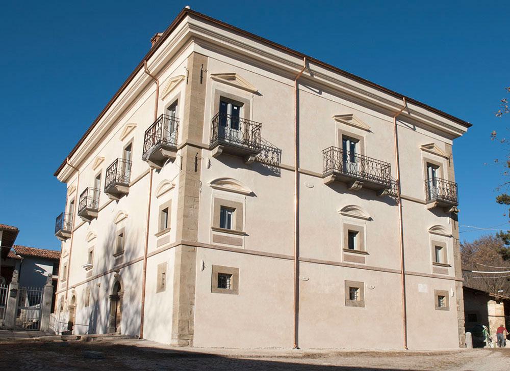 Ricostruzione Palazzo Nervegna Capitignano L'Aquila 1